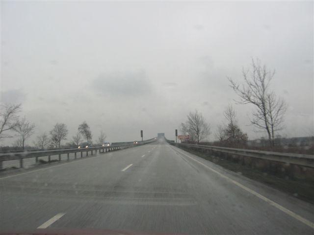 Schmuddelwetter am Nordostseekanal