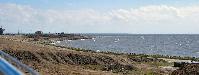 Neues Deichprofil am Büsumer Hafen
